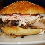 Pulled pork i burgerbolle med Coleslaw salat