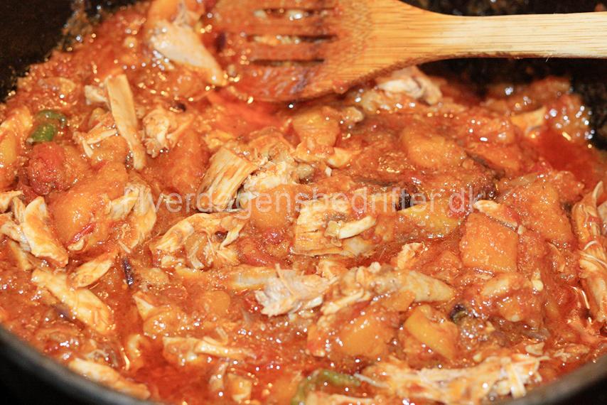 LCHF Mættende suppe med kylling og græskar
