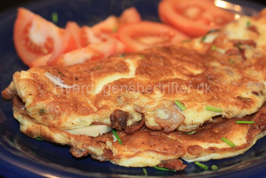 LCHF Æggeomelet med bacon og ost