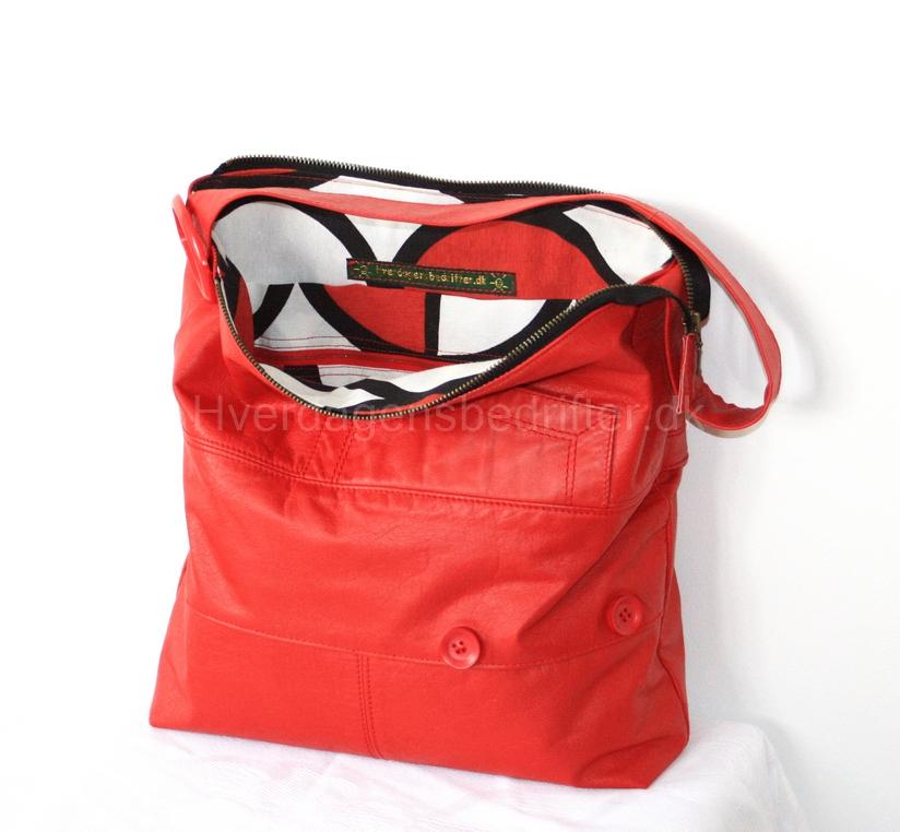 lille rød taske